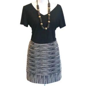 🎈🎈🎈3/$17 Trina Turk Tribal Skirt